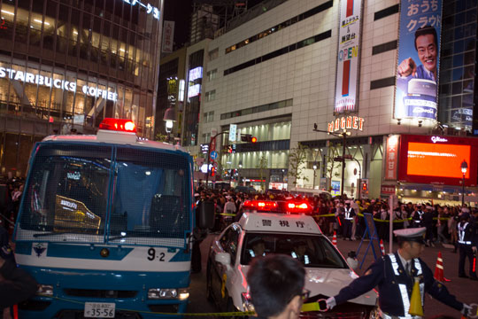 渋谷 ハロウィン 駅前交差点