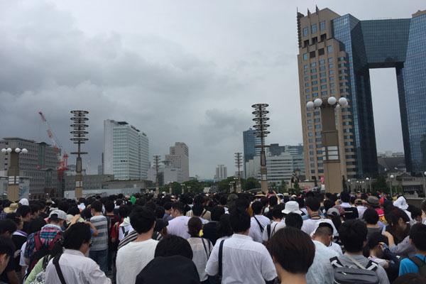 コミケC96-4日目 入場待機列 夢の大橋
